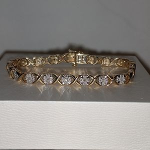 Stunning Womens 10K Yellow Gold Over Sterling Sil